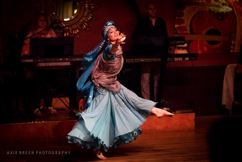 belly dance artist